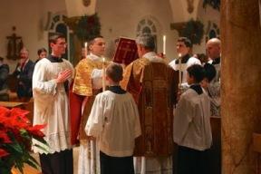 Leitura do Evangelho no rito tridentino - Missa solene