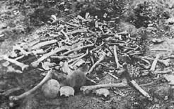 Restos mortais dos armênios massacrados em Erzinjan